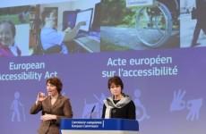 Więcej o: Unia Europejska rozpoczyna prace nad dostępnością komercyjnych urządzeń i usług